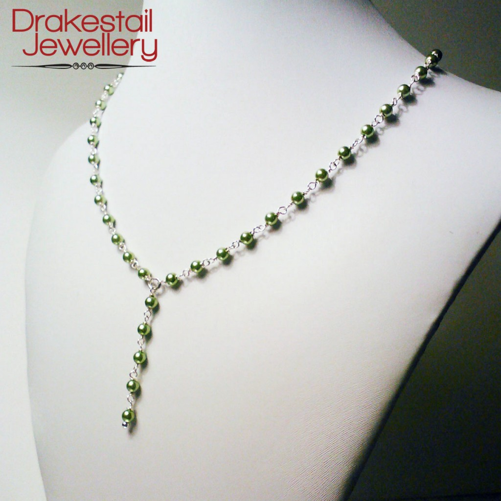 100 Day Challenge: Day 19. Green glass pearl Y-shaped necklace