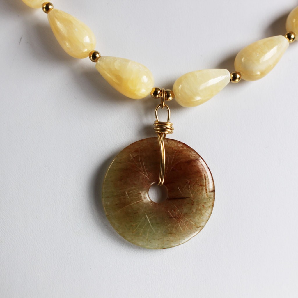 100 Day Challenge: Day 32. Agate pendant with Aragonite