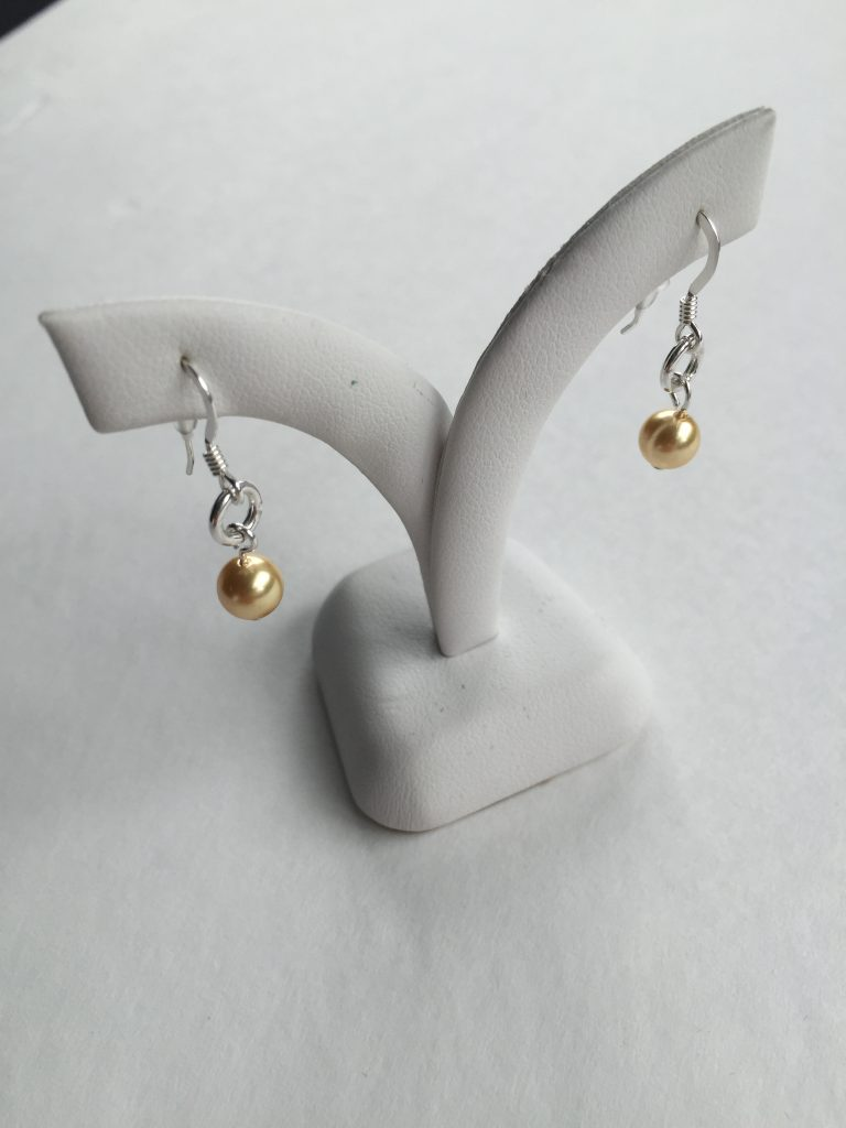 Drop earrings on shepherd's hook